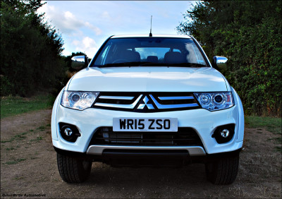 Mitsubishi L200, driveWrite Automotive