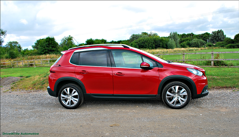 peugeot 2008 nicely tailored for families drivewrite automotive. Black Bedroom Furniture Sets. Home Design Ideas