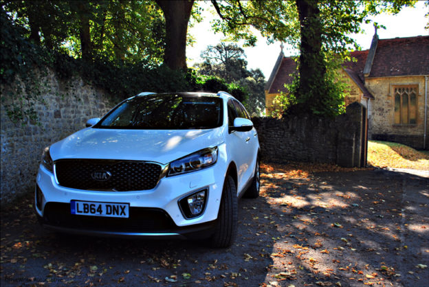 driving, Kia Sorento, road safety, DriveWrite Automotive, motoring, car, blog