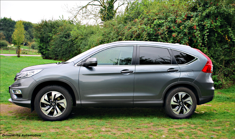 Honda cr v a complete family package drivewrite automotive for Honda crv packages