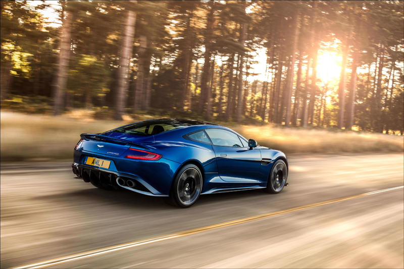 Aston Martin, Vanquish S, sports cars, supercars, DriveWrite Automotive, motoring, car, blog