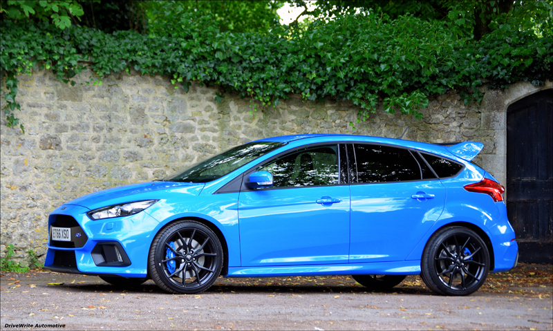 Ford Focus RS, Ford, hot hatch, hatchbacks, performance cars, driving, launch control, DriveWrite Automotive, car blog, motoring blog