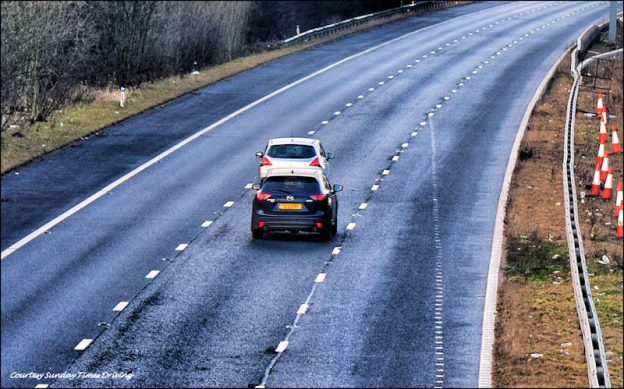 Motorway madness, road safety, motorway, driving standards, lane hogging, bad driving, lane discipline, dirinv law, driving, DriveWrite Automotive, motoring blog, car blog