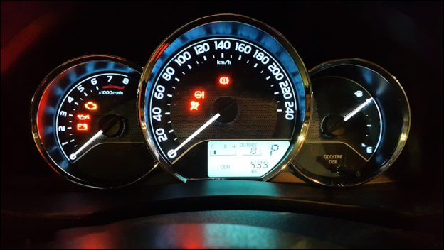 Pay Attention To Dashboard Warning Lights Drivewrite Automotive